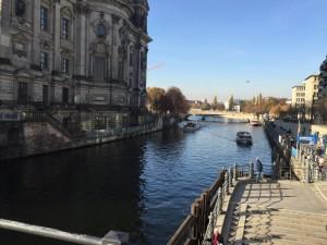 ベルリン大聖堂川